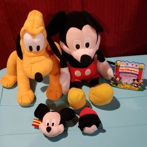 Mickey mouse and friends lot frame plush animal
